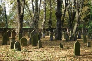 4 Starý židovský hřbitov